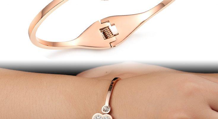 medical alert bracelet for women